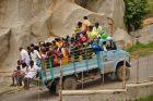 Hampi - ile osób zmieści ciężarówka