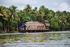 Kanały Kerali - houseboat