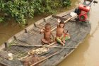 Każdy umie pływać łódkami:)