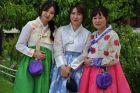 W koreańskim hanboku można wejść do pałaców za darmo