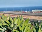 Widok na odlatujace samoloty