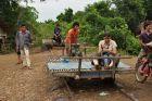 2009, Kambodża, Bambootrain...